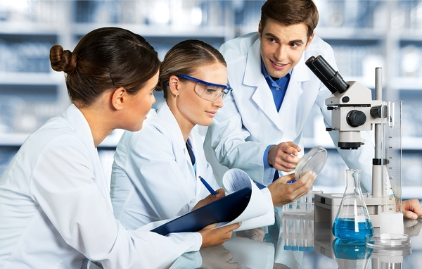Lab Techs creating workflows for Laboratory Information Management Systems